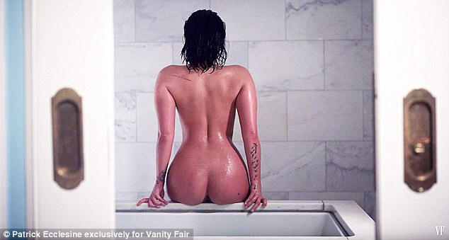 2D06CF6A00000578-3258220-Confident_indeed_Demi_Lovato_stripped_down_for_a_stunning_Vanity-m-48_1443930049886